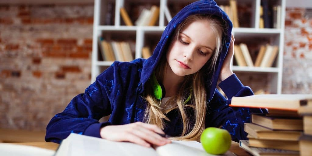3 Ways To Prepare Your Teenager For Financial Independence